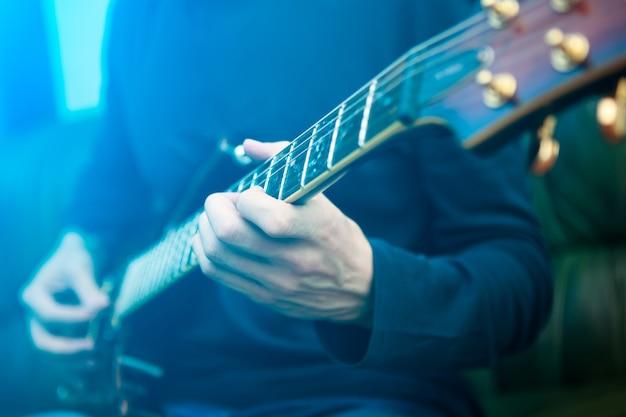 일렉트릭 기타 연주자
