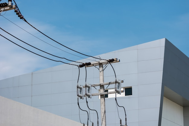 Electric line with building