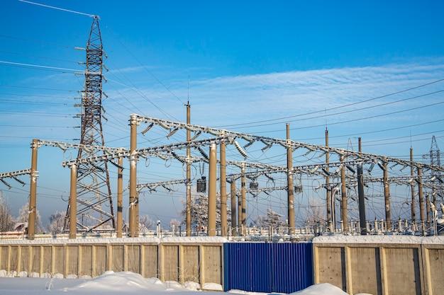 전기 변전소 및 송전 타워 전기 생산 및 운송