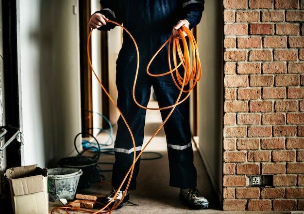 電気技師のワーキングハウスの修理設備
