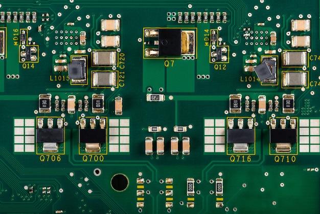 Pcb의 전자 부품