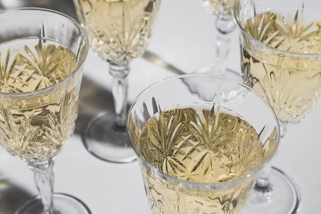 Элегантные бокалы с шампанским Бесплатные Фотографии