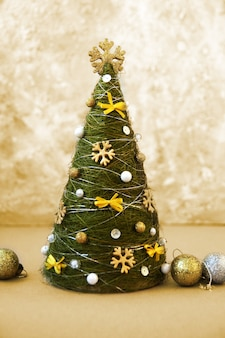 Шикарная декоративная елка с декором