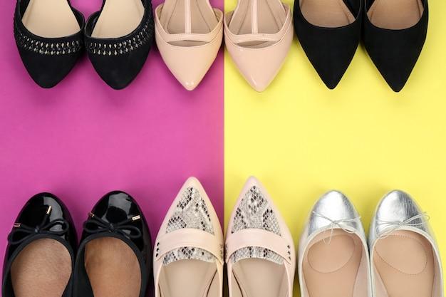 색상에 우아한 여성 신발