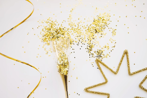 Elegant golden new year background
