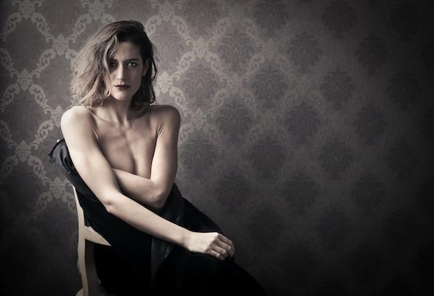 Elegant naked woman
