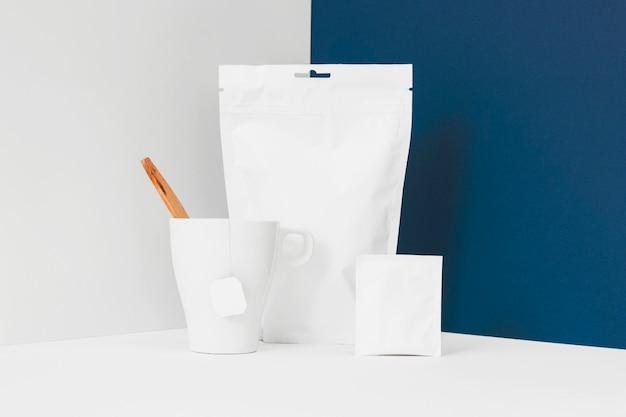 Elements to prepare the tea