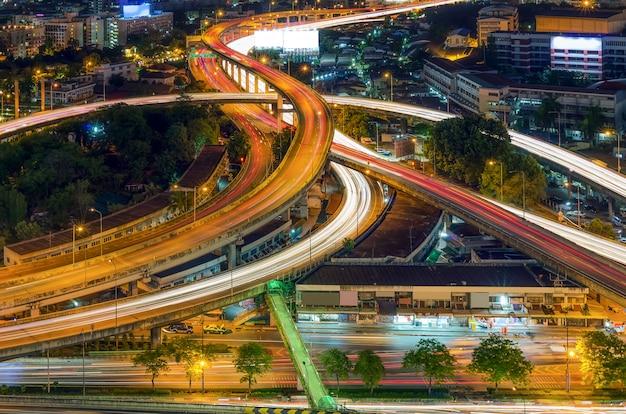 Elevated expressway