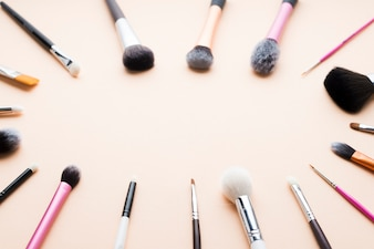 Ellipse from makeup brushes