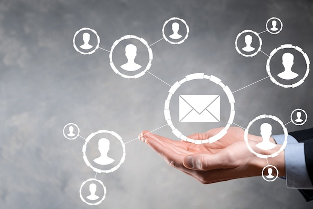 Электронная почта и значок пользователя, знак, символ маркетинга или концепция информационного бюллетеня, диаграмма