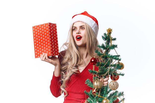 感情的な女性のクリスマスのおもちゃの休日のライフスタイル。高品質の写真