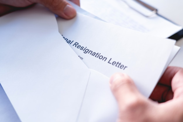 Letter To Quit A Job from img.freepik.com