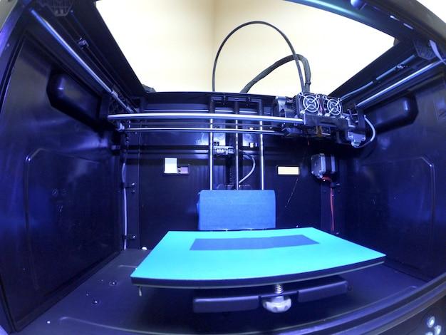 클로즈업 안에 빈 3d 프린터입니다. 액션캠 고프로. 광각