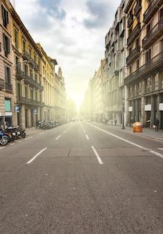 빈 바르셀로나 거리, 카탈루냐 도로 풍경, 스페인. 바르셀로나 도시 생활