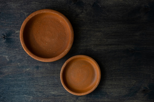 Empty bowl on wooden background