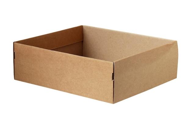 흰색 바탕에 빈 상자입니다. 하나의 열린 골판지 상자.