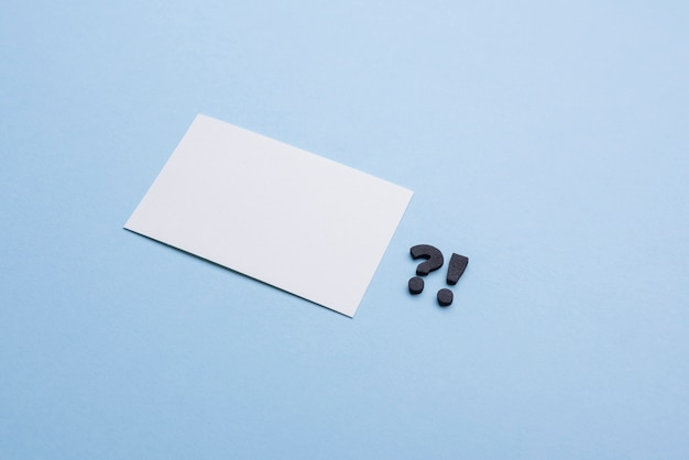 Пустая визитка и знаки препинания
