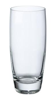 Пустая стеклянная чашка изолирована