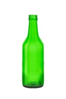 흰색 배경에 고립 된 빈 녹색 맥주 병