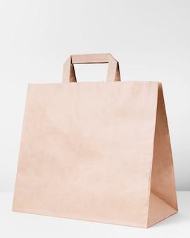 Borsa di carta vuota per lo shopping
