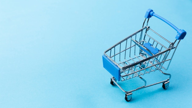 Empty shopping cart with copy-space
