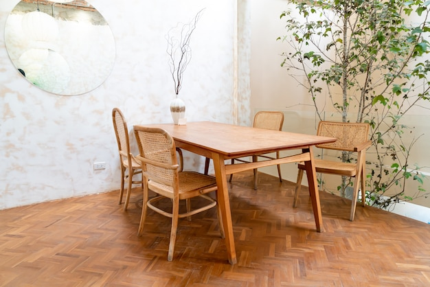 Empty table and chair in coffee shop and cafe restaurant