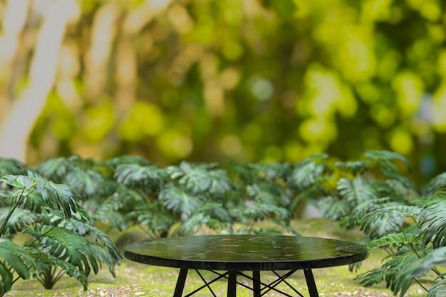 空の木製テーブル背景、製品表示用テーブル