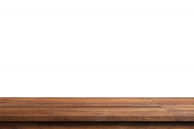빈 나무 테이블에 흰색 배경을 분리 하 고 제품에 대 한 복사 공간 몽타주를 표시합니다.