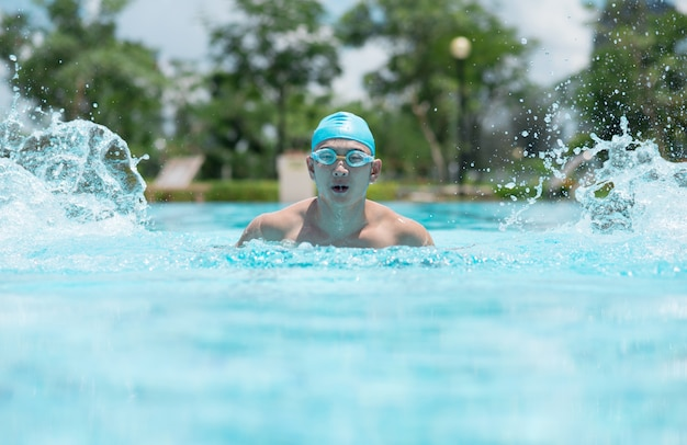 Energetic swimmer