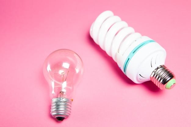 핑크에 에너지 절약 가스 및 나선형 램프