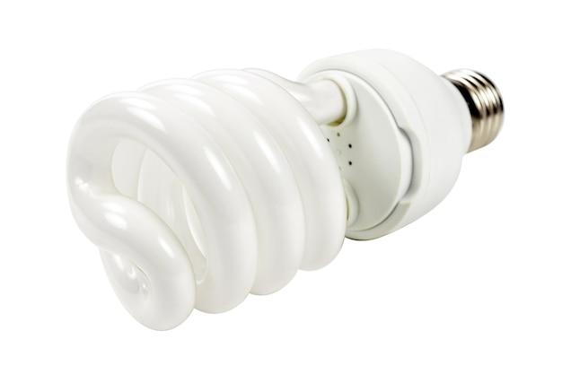 Энергосберегающая лампа, изолированные на белом фоне