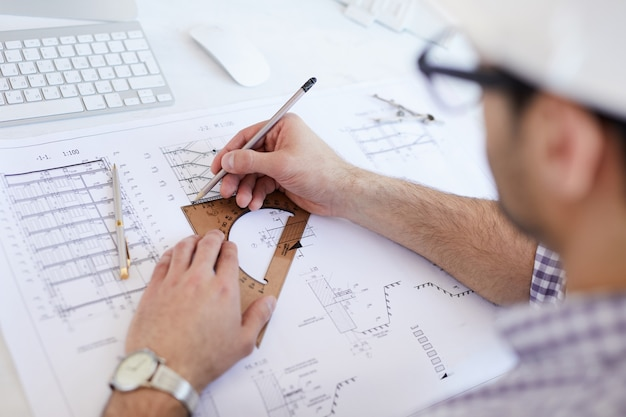 Схема чертежа инженера