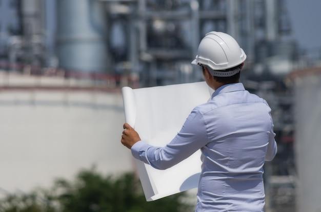 Engineer on refinery.