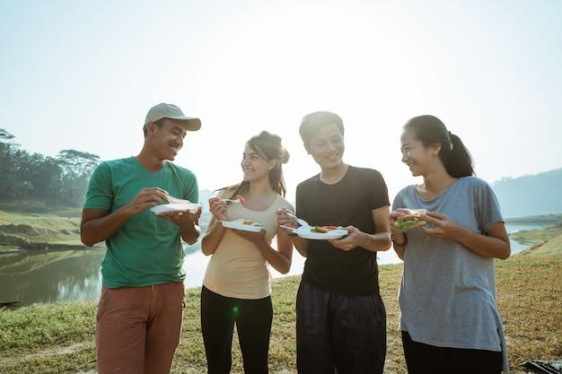 Enjoy happy breakfast in lake side