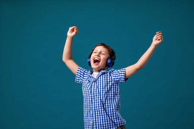 Enjoying song playing in headphones