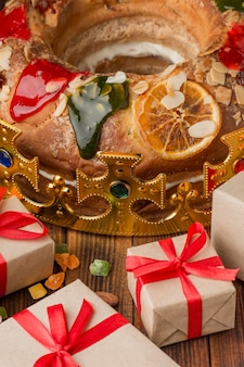 Epiphany cake roscon de reyes and gifts