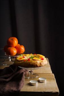 オレンジとティーライトのエピファニーデーデザート