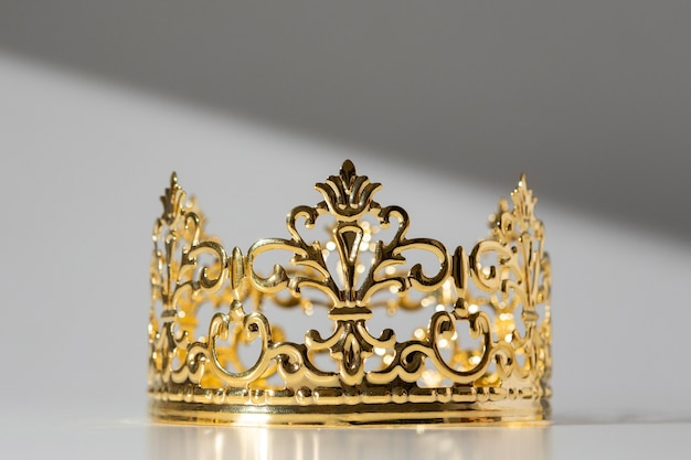 Epiphany day gold crown