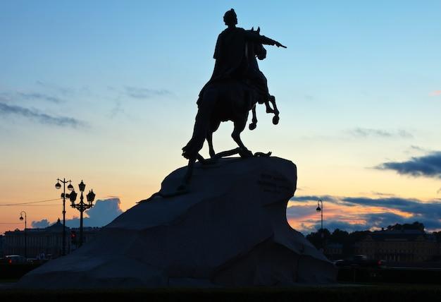 Конная статуя петра великого