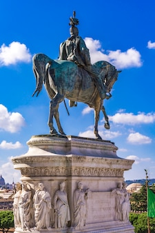Equestrian statue of vittorio emanuele ii on vittoriano (altar of the fatherland) in rome, italy