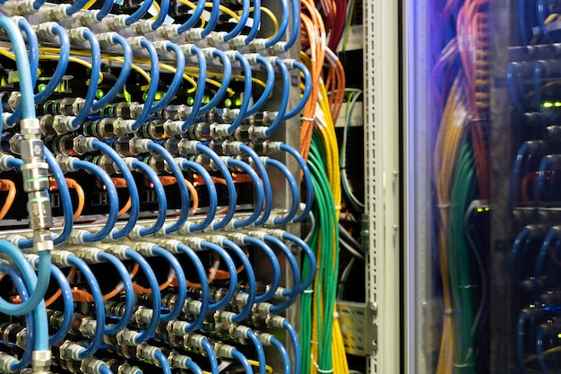 Оборудование в серверной комнате
