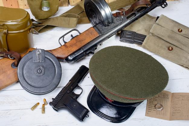 제 2 차 세계 대전 중 소련 군인의 장비
