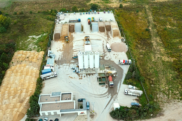 Equipment for the production of asphalt, cement and concrete. concrete-mixing plant. harmful production for the environment