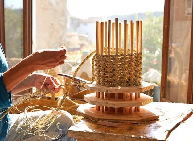 Esparto halfah grass crafts craftsman hands