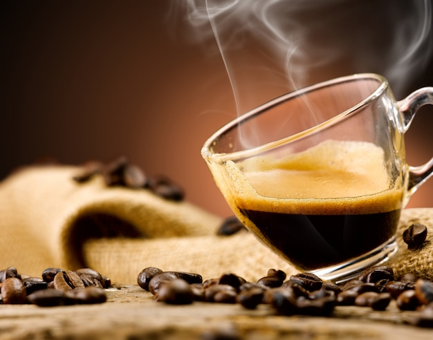 모든 훌륭한 형태의 에스프레소 커피