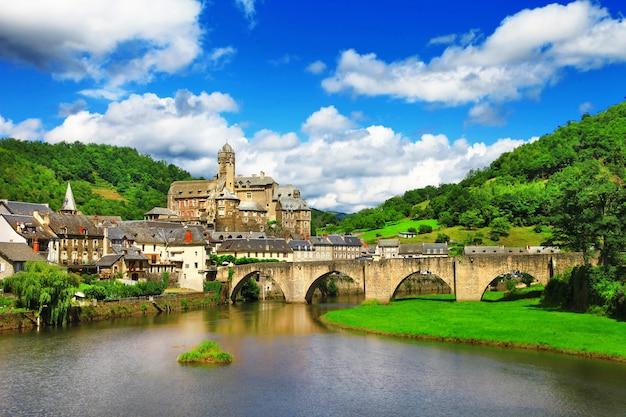 Эстен, одна из самых живописных деревень франции.