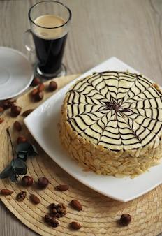 Торт эстерхази, с кофе и орехами