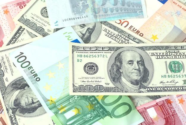 ユーロとドルは背景に使用できます