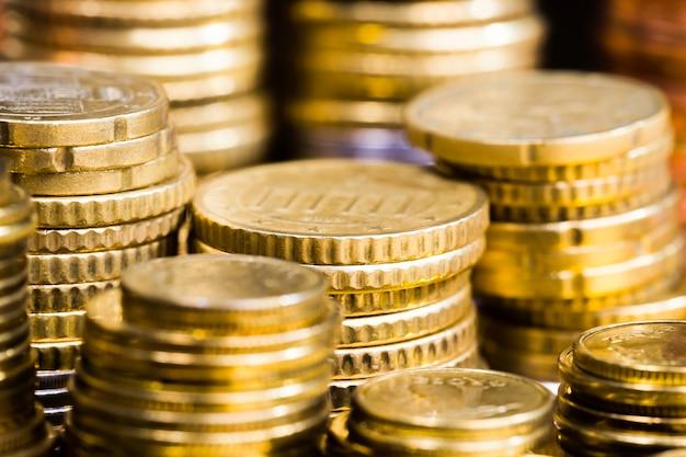 Евроценты сложены