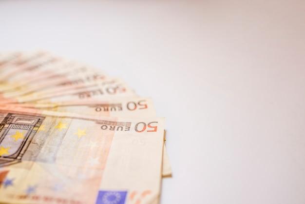 ユーロマネーの銀行券、抽象的な背景。ユーロ現金